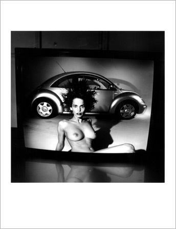 Helmut Newton-гурман женской плоти. Изображение № 10.
