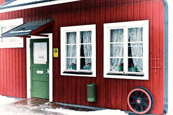 Кафе на железнодорожной станции в Мариефреде. Изображение № 73.