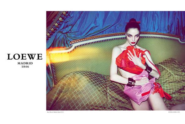 Изображение 1. Превью кампаний: Marc by Marc Jacobs, Loewe и Topshop.. Изображение № 3.