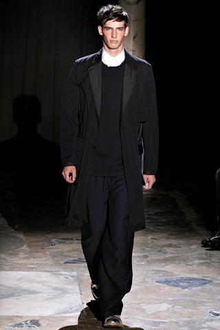 Неделя мужской моды в Париже: День 4. Изображение № 3.