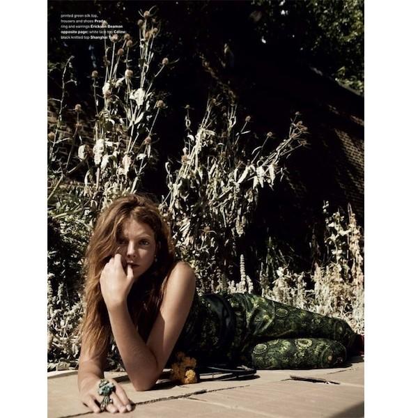 5 новых съемок: Dossier, Muse и Vogue. Изображение № 37.