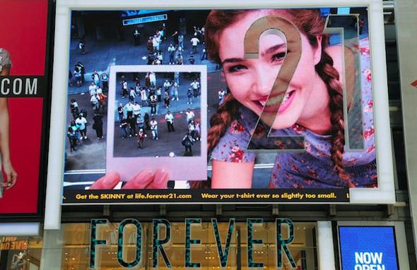 Как российские девчонки захватили Times Square. Изображение № 7.