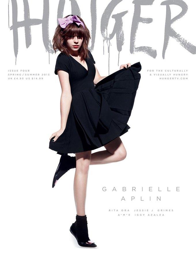 Показаны новые обложки Interview, T и Vogue. Изображение № 10.