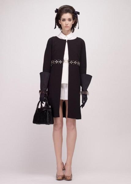 A.P.C., Chanel, MM6, Mother of Pearl, Paule Ka и Yang Li выпустили новые лукбуки. Изображение № 97.