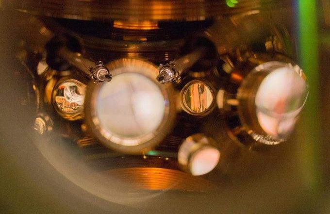 Американцы создали самые точные часы в мире. Изображение № 1.