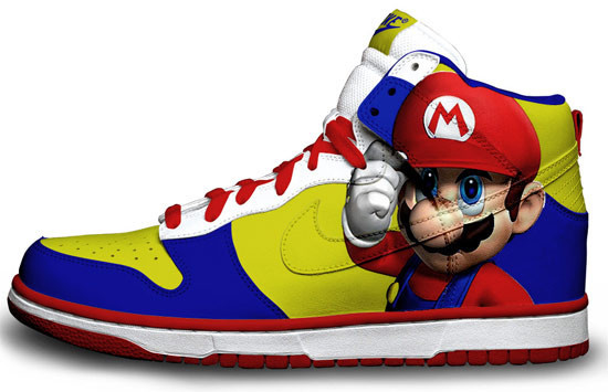 Метаморфозы белых кроссовок Nike. Изображение № 5.