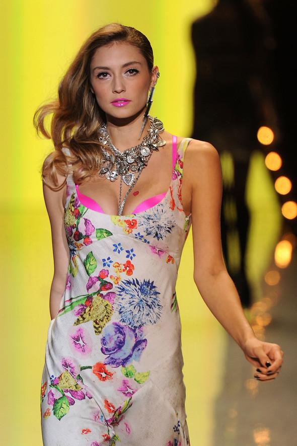New York Fashion Week: Betsey Johnson Spring 2012. Изображение № 83.