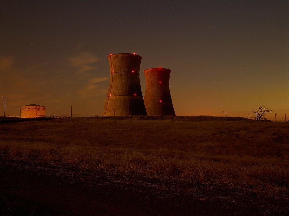 Фабрики из хоррора: ночная индустриальная фотография. Изображение № 13.
