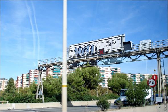 Стрит-арт и граффити Барселоны, Испания. Изображение № 35.