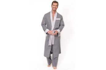 Изображение 6. 9 мужских халатов, достойных внимания.. Изображение № 6.
