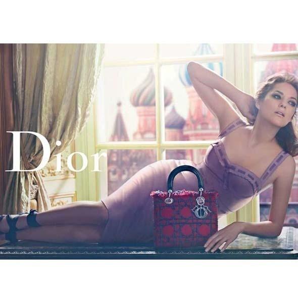Рекламная кампания Lady Dior с Марион Котийяр . Изображение № 3.