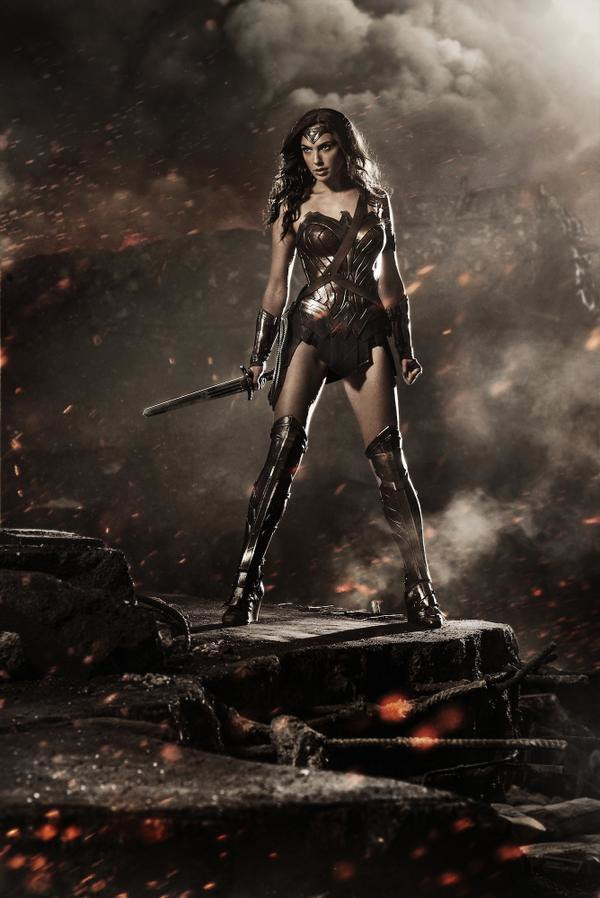 Зак Снайдер выложил фотографию Чудо-женщины из «Бэтмена против Супермена» . Изображение № 1.