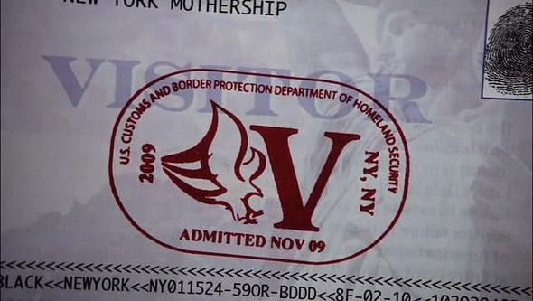 «V» значит Вторжение. Изображение № 1.