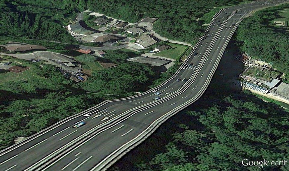 32 фотографии из Google Earth, противоречащие здравому смыслу. Изображение № 24.