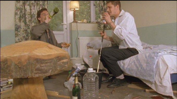 Бенедикт Камбербэтч  выпивает. Изображение № 10.