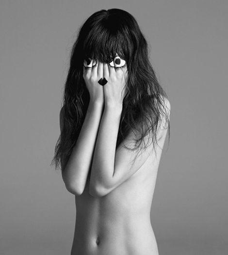 Архивная съёмка: Инез и Винод для Vogue, 2009. Изображение № 5.
