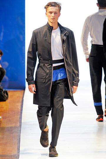 Неделя мужской моды в Париже: День 1. Изображение № 3.