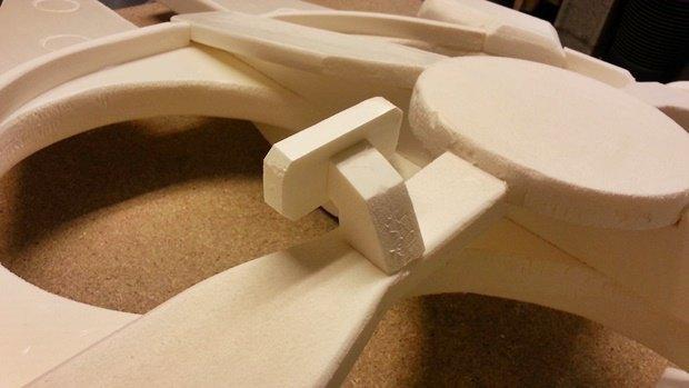 Энтузиаст построил дрон в виде «Тысячелетнего сокола». Изображение № 15.