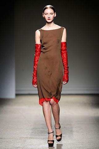 Thimister Haute Couture FW 2010. Изображение № 26.