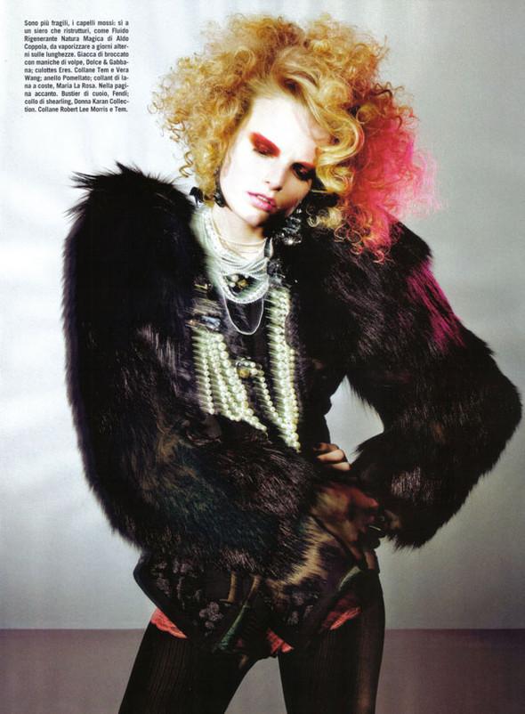 Vogue Beauty Italia – November 2009 – Beauty Supplement. Изображение № 7.