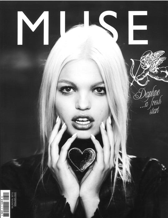 Новые обложки 032c, CR Fashion Book, Industrie, GQ, Muse и других журналов. Изображение № 9.