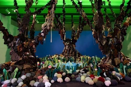 Изображение 5. Recycling Clothing Art.. Изображение № 5.