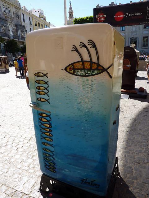 Изображение 56. 50 холодильников, которые можно назвать арт-объектами.. Изображение № 56.