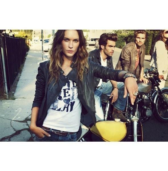 Изображение 23. Рекламные кампании: H&M, Mango и другие.. Изображение № 18.