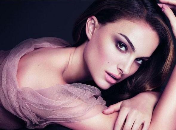 Бьюти-кампании: Dior, Versace и другие. Изображение № 3.
