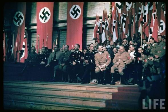 100 цветных фотографий третьего рейха. Изображение № 55.