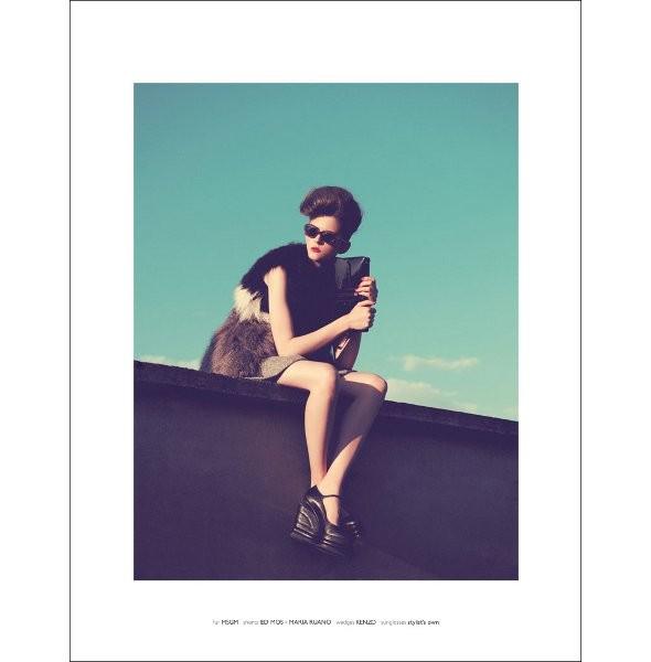 Новые съемки: Vogue, V и другие. Изображение № 32.