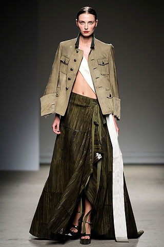 Thimister Haute Couture FW 2010. Изображение № 13.