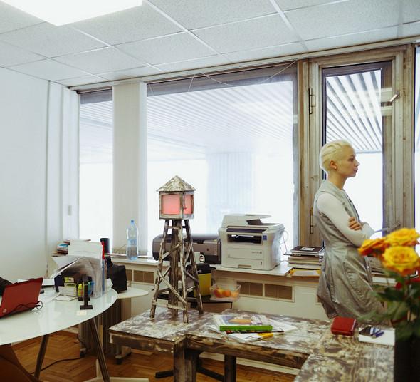 Рабочее место: Кристина Штейнбрехер, арт-директор ЦДХ. Изображение № 5.