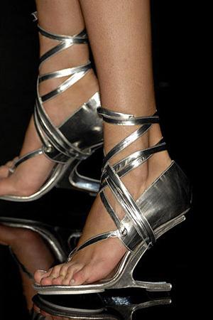 Туфли-убийцы. Изображение № 2.