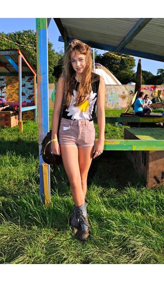 Изображение 15. Уличный стиль на фестивале Glastonbury.. Изображение № 15.