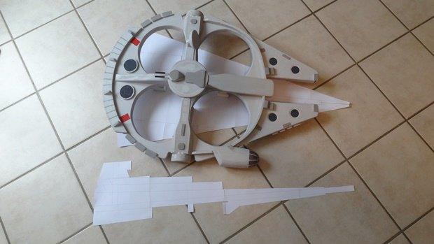 Энтузиаст собрал дрон в виде имперского крейсера. Изображение № 1.