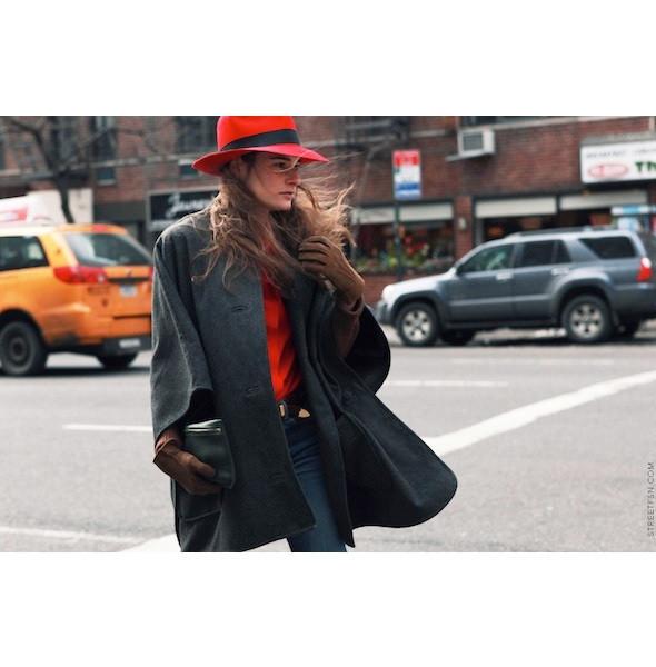 Изображение 4. На полях: 10 тенденций уличного стиля с прошедших недель моды.. Изображение № 4.