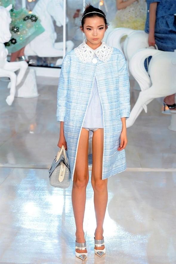 Неделя моды в Париже: Louis Vuitton весна 2012. Изображение № 7.