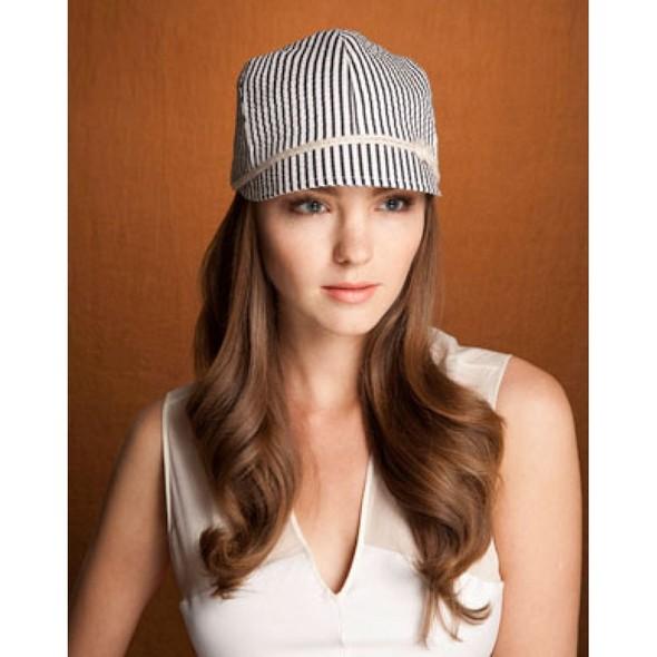 Дело в шляпе: 10 известных шляпников. Изображение № 39.