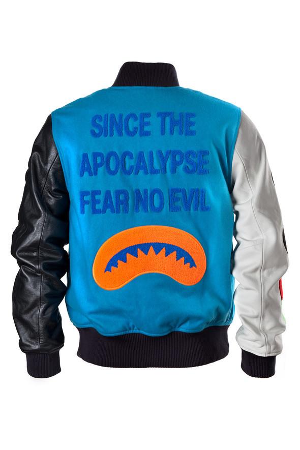 Cумашедшие куртки отCassete Playa иParra. Изображение № 2.