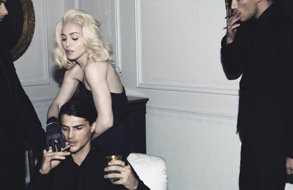 Madonna. Гулять такгулять. Изображение № 1.