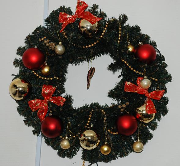 Новый год, единственный праздник вгоду скрасивой елкой!. Изображение № 1.