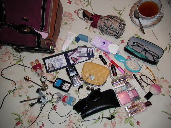 Look at Me: What's in your bag? Часть 2. Изображение № 18.