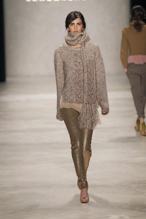 Berlin Fashion Week A/W 2012: Schumacher. Изображение № 20.