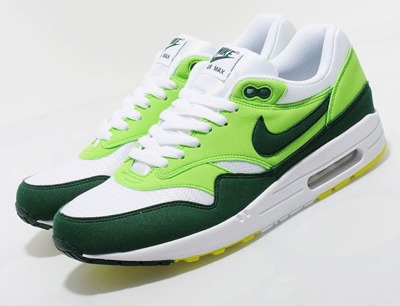 Nike Air Max 1 Gorge Green. Изображение № 2.
