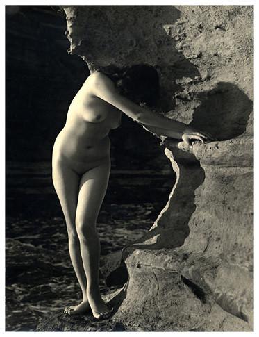 Части тела: Обнаженные женщины на фотографиях 50-60х годов. Изображение № 27.