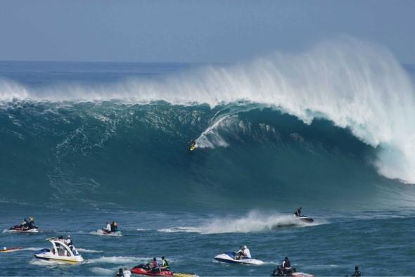 Surfers Рaradise иливолны ценою вжизнь. Изображение № 2.
