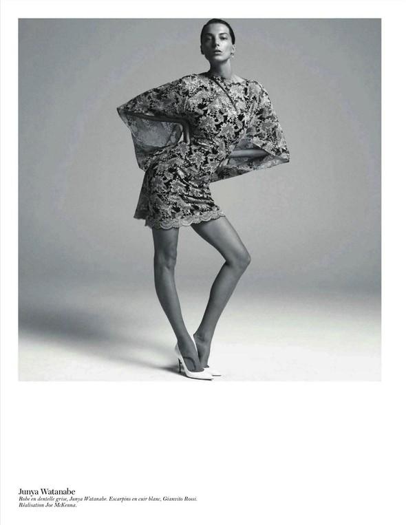 Съёмка: Дарья Вербова для французского Vogue. Изображение № 13.