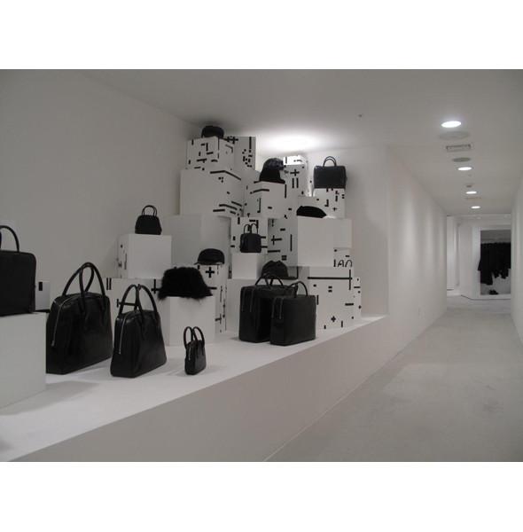 Comme des Garcons открыли магазин в Сеуле. Изображение № 3.