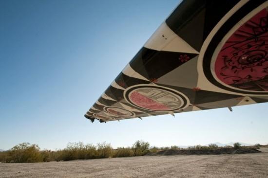 Крупнейший музей авиации раскрасил старые самолеты. Изображение № 9.